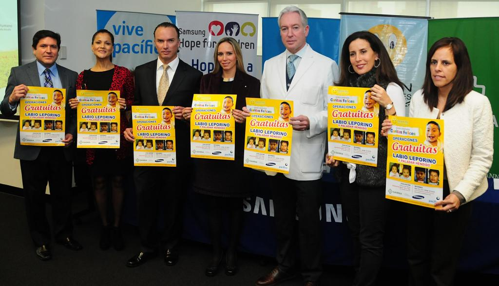 """Mónica Sánchez, Sol Carreño y Carlos Álvarez se suman a campaña """"Caritas Felices 2013"""""""