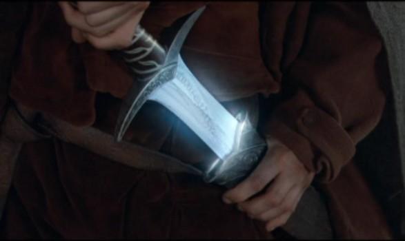 espada de el hobbit que brilla