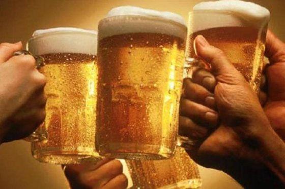 La Cerveza hace más inteligentes a los hombres, afirman