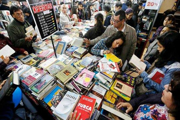 La Feria Internacional del Libro (FIL) 2013 de Lima batió récord de asistencia