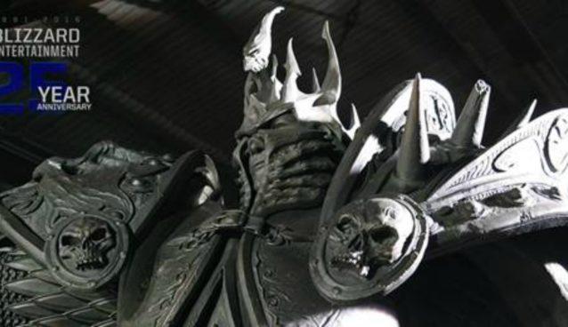 Blizzard celebra aniversario 25 con imponente estatua de Arthas