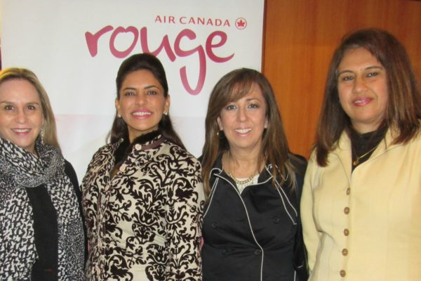Air Canada Rouge en evento 7 Reinas