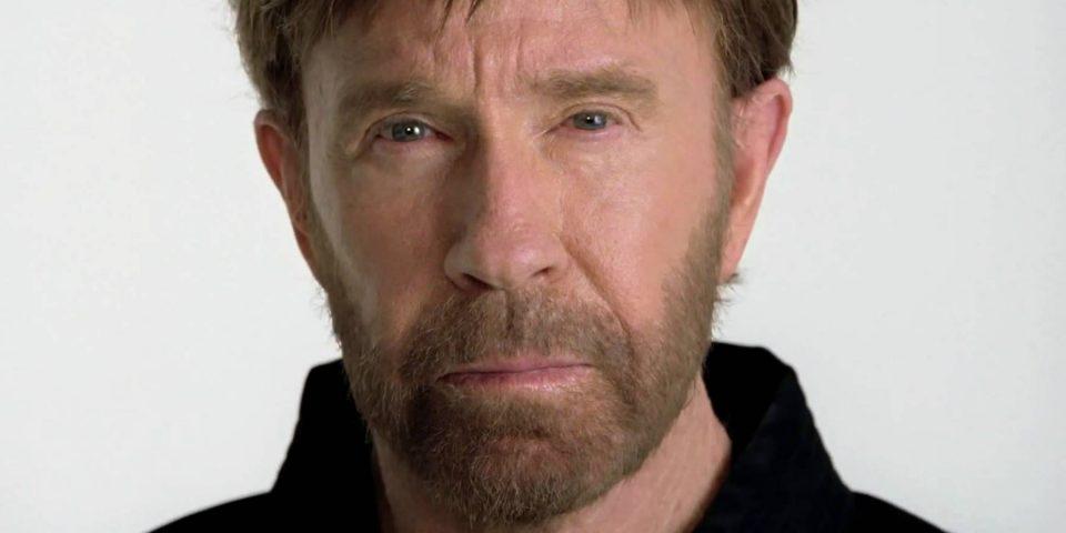 Chuck Norris sobrevive a dos infartos en menos de una hora