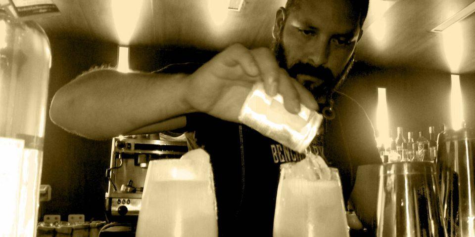 "Wallqa Restaurante By Le Cordon Bleu organizó el Guest Bartender ""Noche del Origen"""