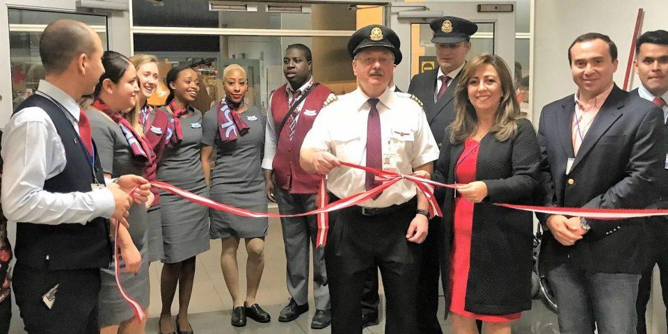 Air Canada inició su primer vuelo directo entre Lima y Montreal
