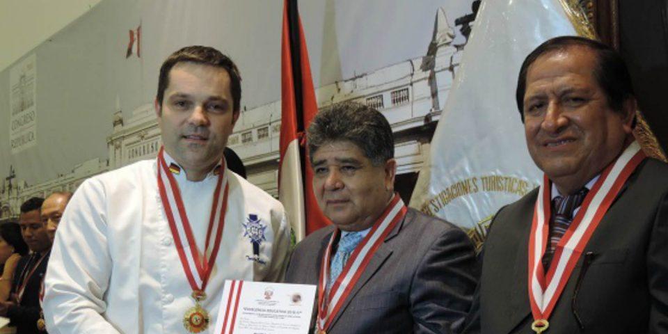 Destacados chefs de Le Cordon Bleu Perú fueron condecorados por el Congreso de la República